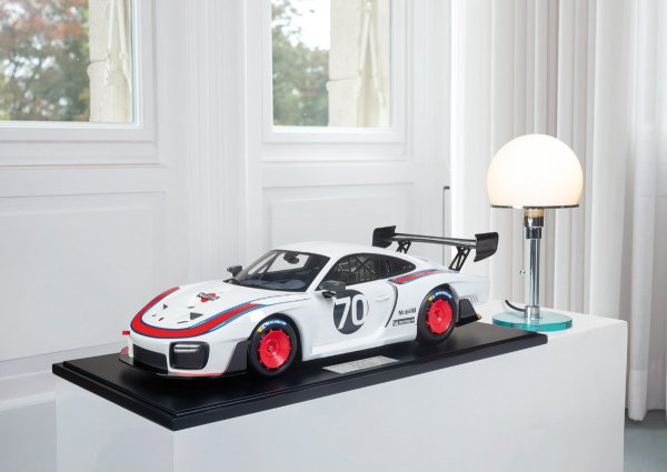Porsche 935/19 2019 Minichamps 1:8 1-199/199