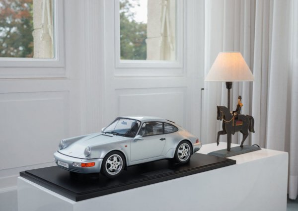 "Porsche 964 ""30 Years 911"" 1993 Minichamps 1:8"