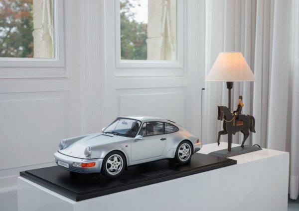 "Porsche 964 ""30 Jahre 911""1993 polarsilbermetallic 1-99/99 Minichamps 1:8"